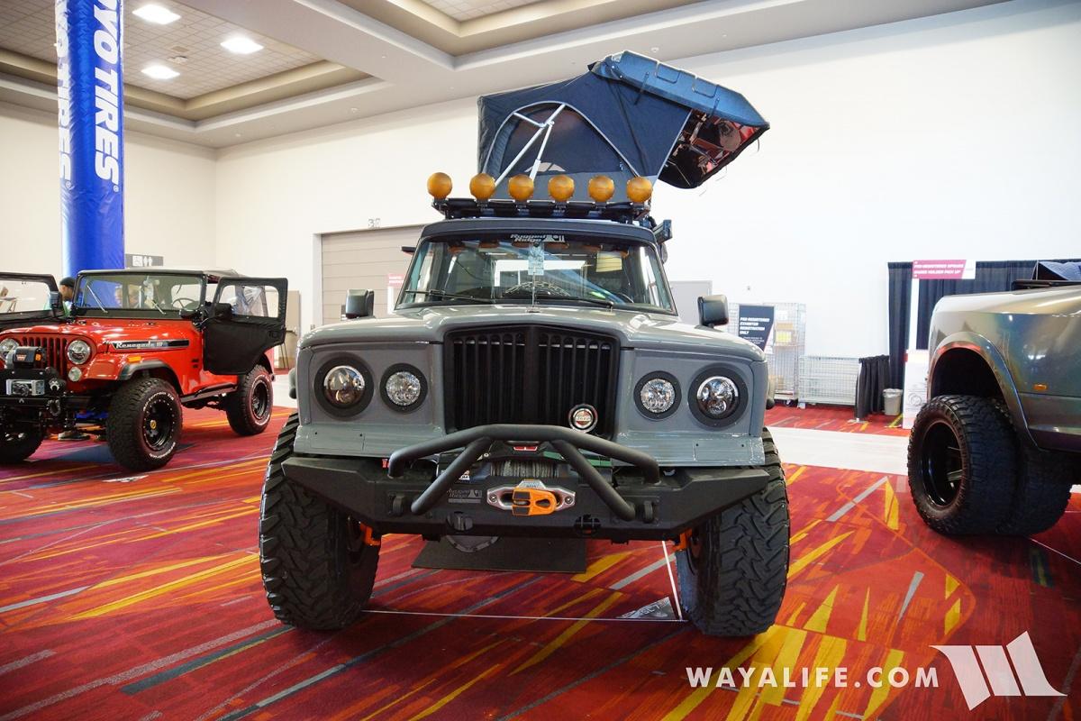 Jeep Wrangler Accessories 2017 >> 2017 SEMA - ROAMR Jeep Gladiator Tomahawk