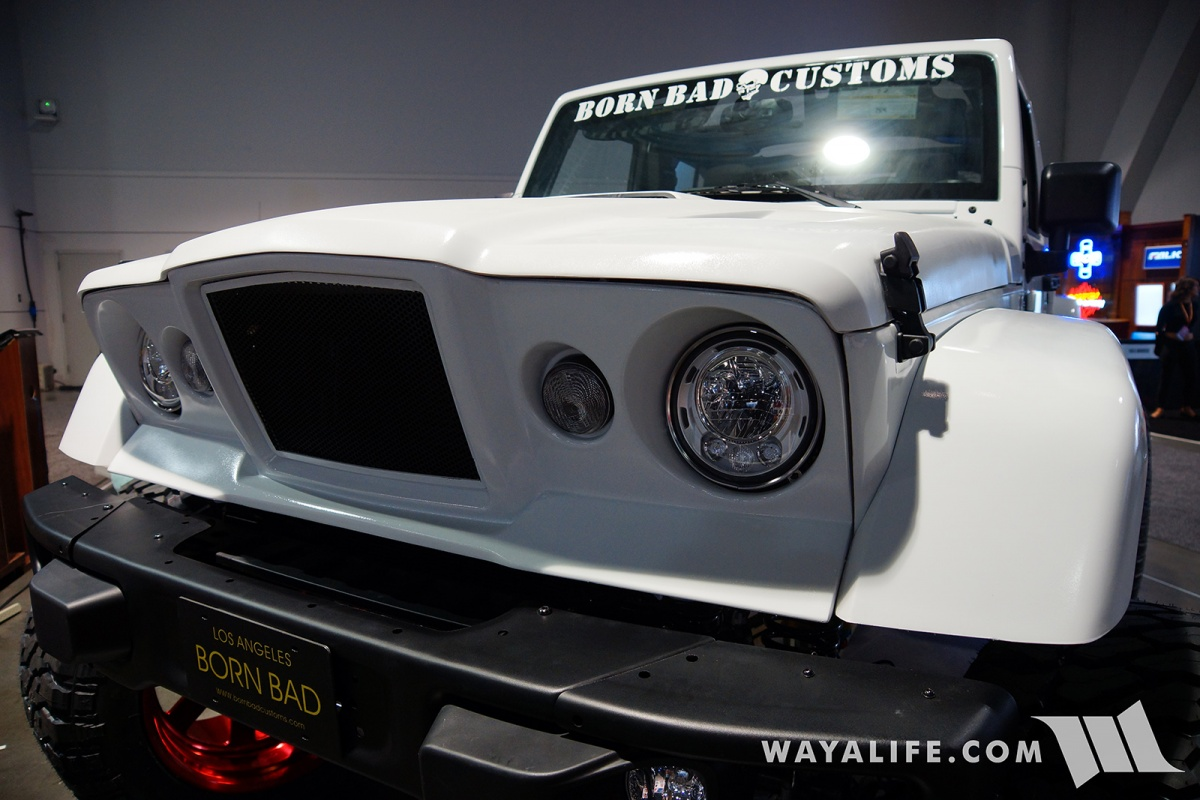 2017 Jeep Wrangler Unlimited Accessories >> 2017 SEMA Born Bad Customs White Jeep JK Wrangler Unlimited Gladiator