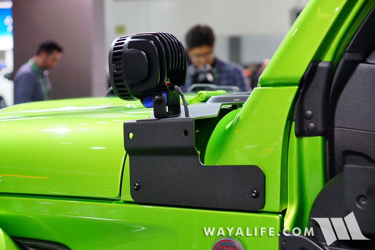 JL Wrangler cowl bolt mounts